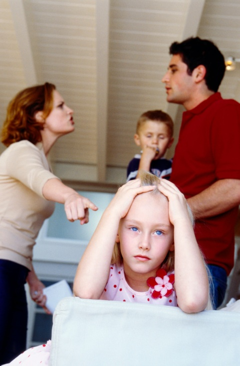 Повторный брак: отчим или мачеха и ребенок
